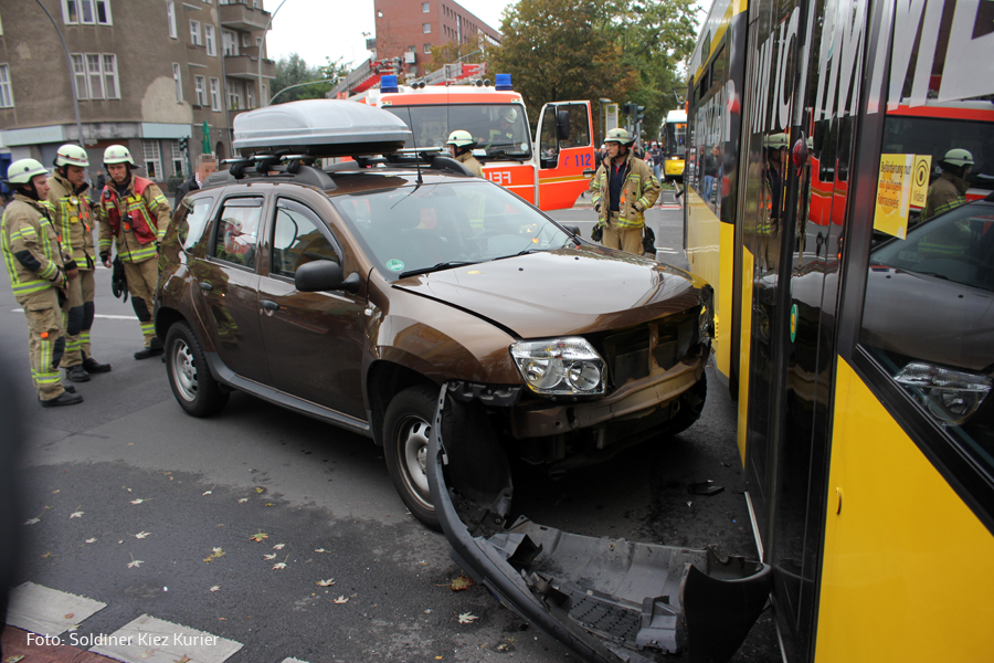 Unfall mit Tram Kreuzung Prinzenallee Osloer straße (3).jpg