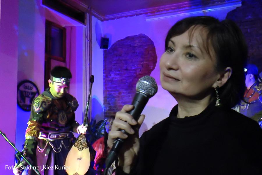 Alma Evert moderierte Band Tigrahaud.jpg