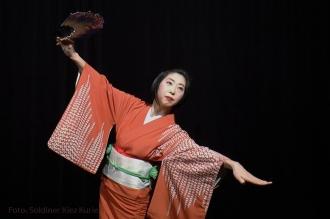 chihoko-yanagi-tanz-kimono-1