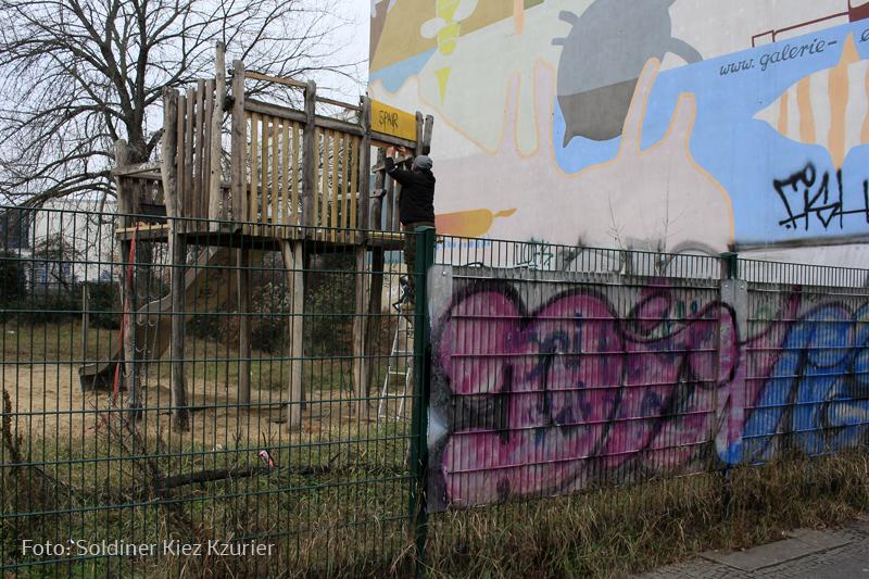Rutsche Spieplatz Gotenburger repariert (1).jpg