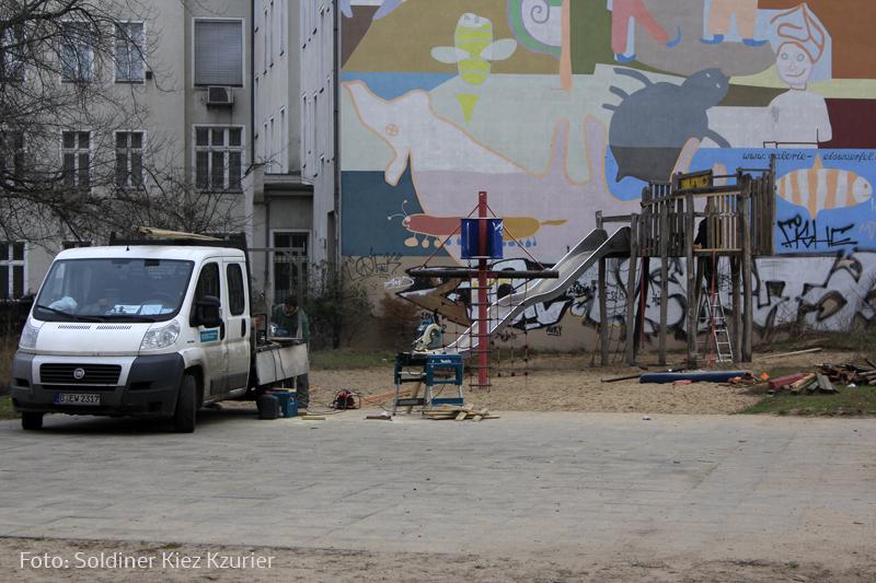 Rutsche Spieplatz Gotenburger repariert (2).jpg