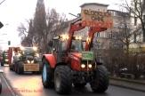 bauerndemo-2017-trecker-konvoi-durch-soldiner-kiez-2