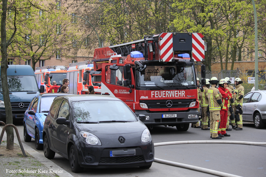 Feuer Holzstrasse Gesundbrunnen Berlin ardy gebäude (1).jpg