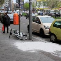 Rätselhafter angeblicher Fenstersturz einer Frau in der Badstraße