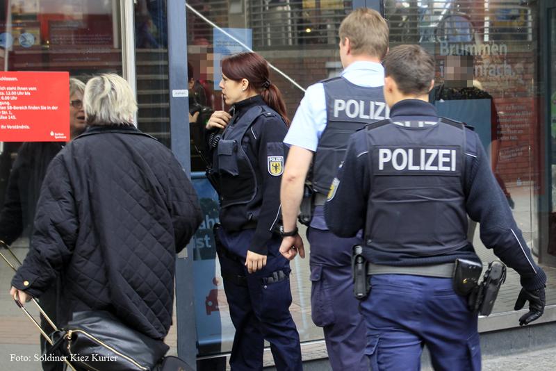 Gesundbrunnencenter berlin geräumt wegen verdächtigem Gegenstand (4)