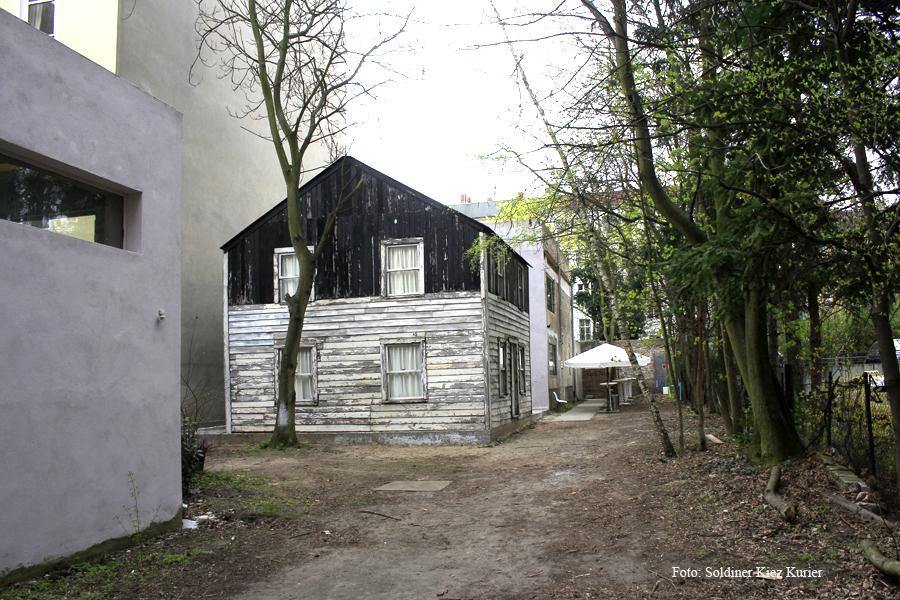 Rosa Parks Haus im Soldiner Kiez by Ryan Mendoza (4).jpg