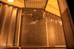 Auto fährt in U Bahntunnel bernauer strasse bergung (4)