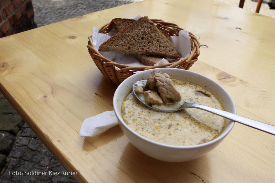 Kalbfleischeintopf bei Land Küche an der Stefanuskirche (2).jpg