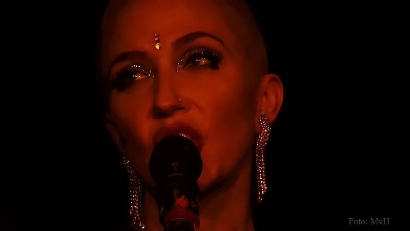Miss Natasha Enquist live (1).jpg