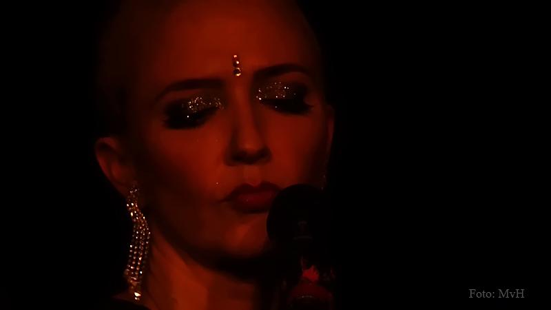 Miss Natasha Enquist live (3).jpg