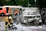 Kleintransporter Zechliner Straße Ecke Stockholmer Straße brannte aus(5)