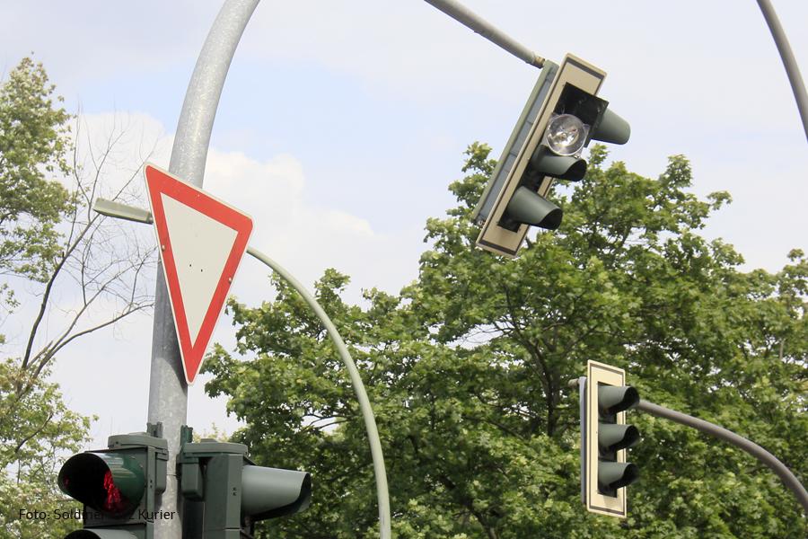 Unfall Kreuzung Osloer Strasse Prinzenallee (11)