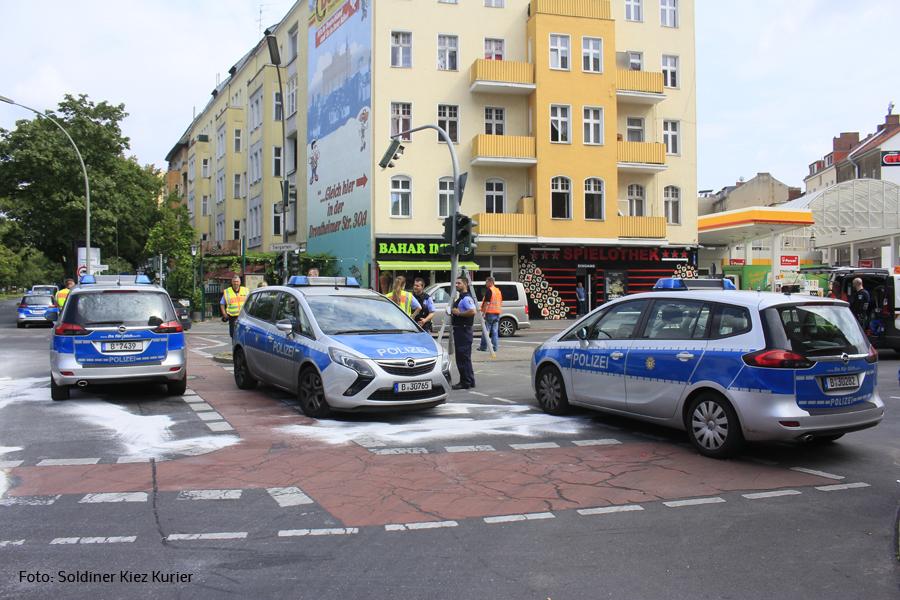 Unfall Kreuzung Osloer Strasse Prinzenallee (2)