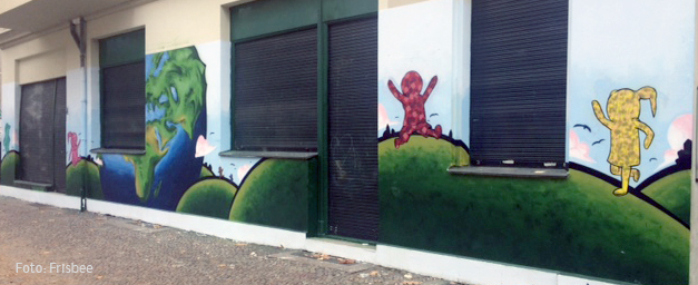 Fassade frisbee koloniestrasse 129.jpg