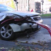 Böser Crash an der Kreuzung Prinzenallee Ecke Osloer Straße