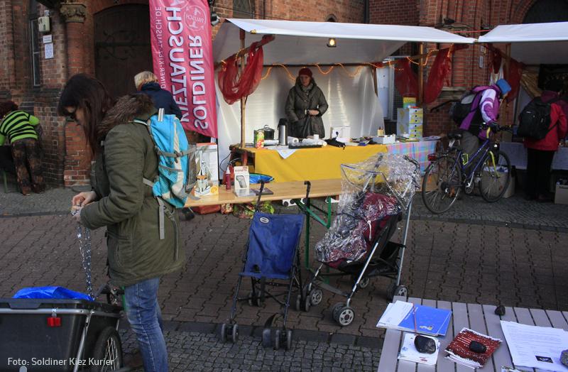 Tauschmarkt und Luminale Stephanuskirche b.jpg