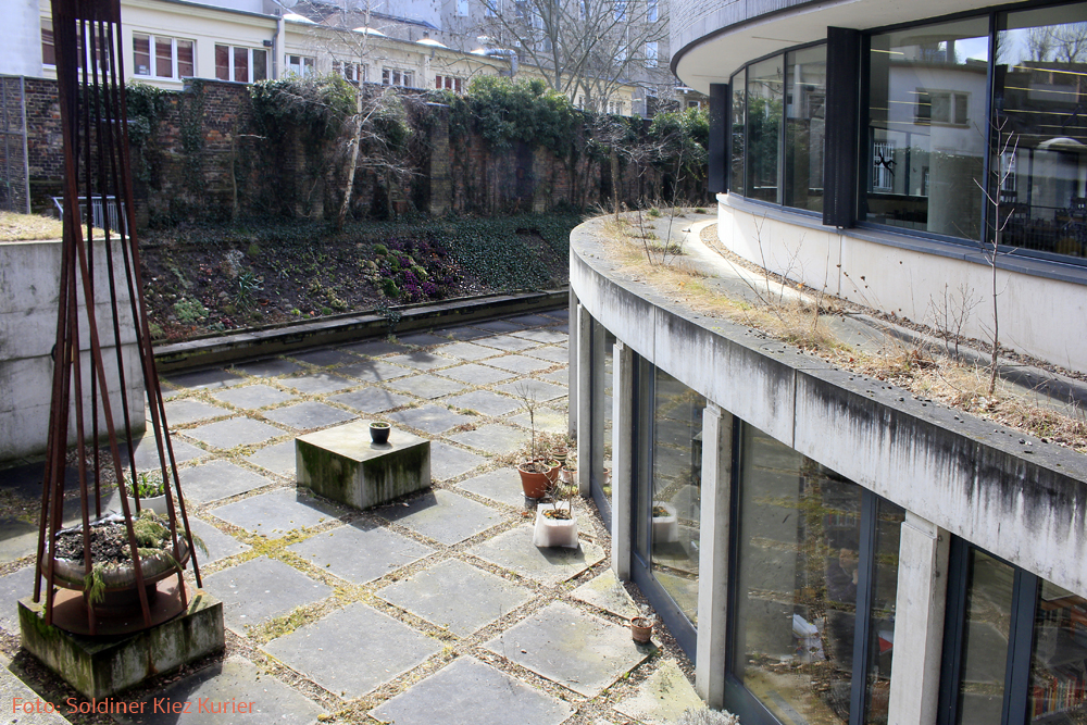Lesegarten Bibliothek Luisenbad eröffnet2.jpg