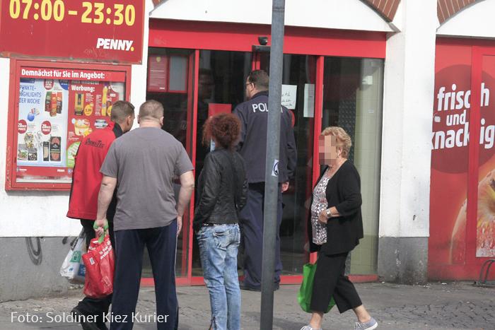 penny von polizei gestürmt (1)