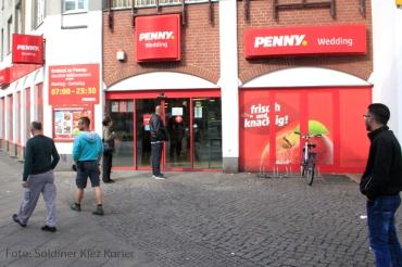penny von polizei gestürmt (2)
