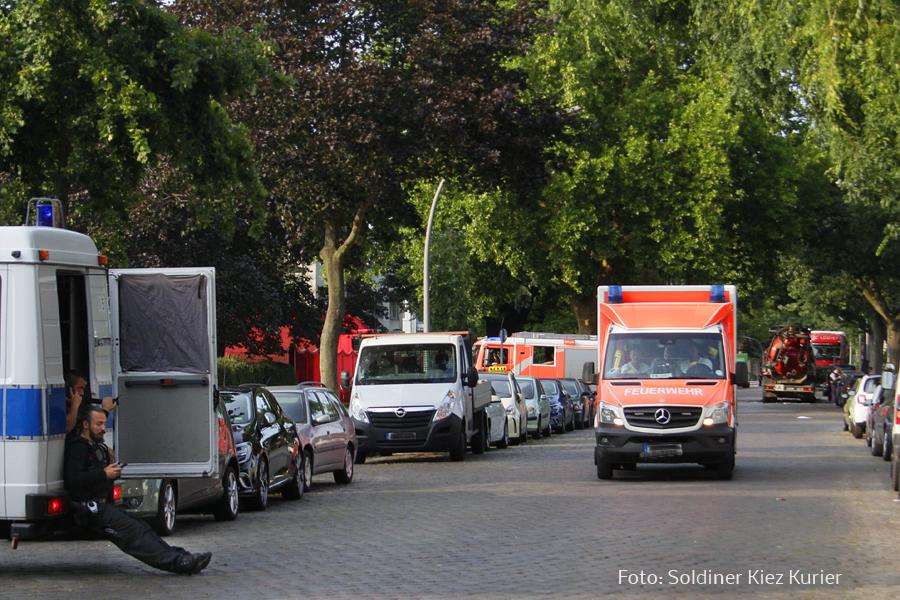 Fäkalien Pumpfahrzeug brannte Koloniestrasse (6).jpg
