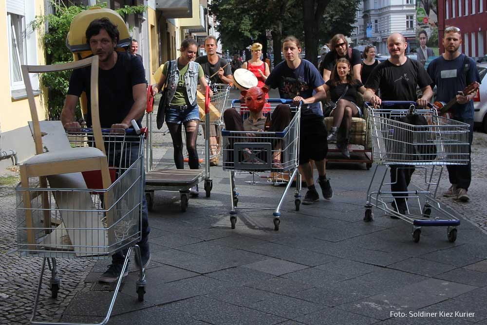 Müllparade-Kulturpalast-wed.jpg