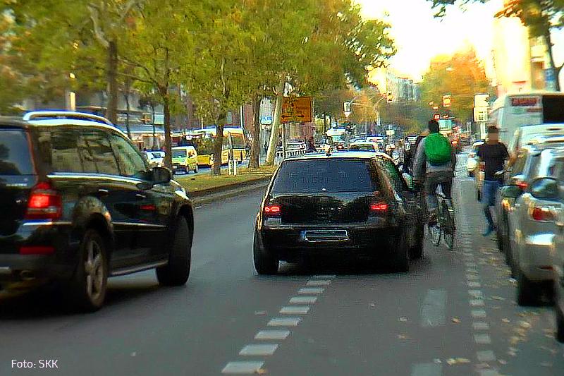 Verkehrswidriges Halten und Parken (4).jpg