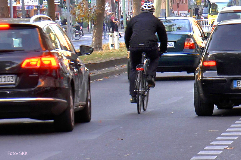 Verkehrswidriges Halten und Parken (5)