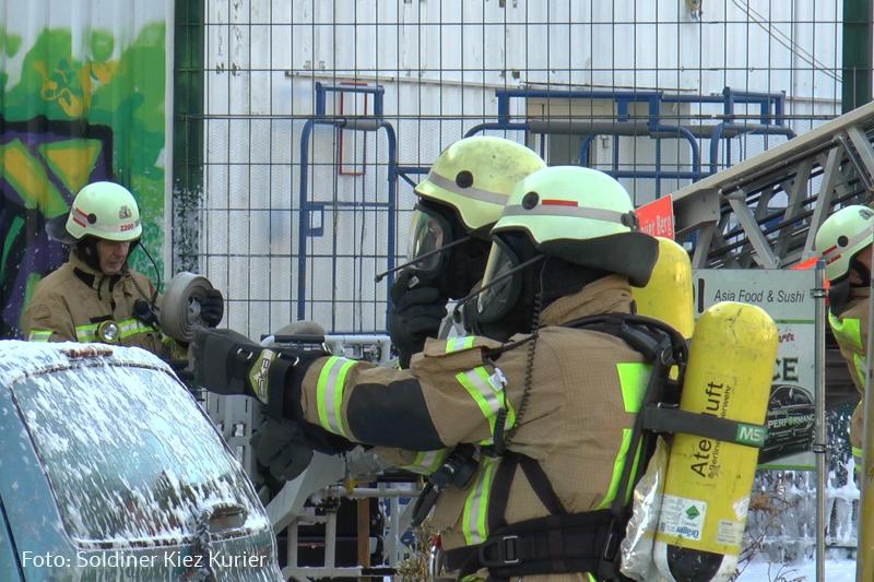 Feuer Asia Imbiss Drontheimer Straße (1).jpg