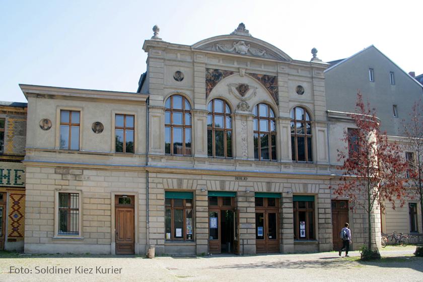 Bibliothek am Luisenbad.jpg