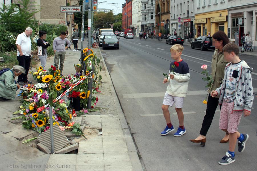 Trauer um tote invalidenstraße (1).jpg