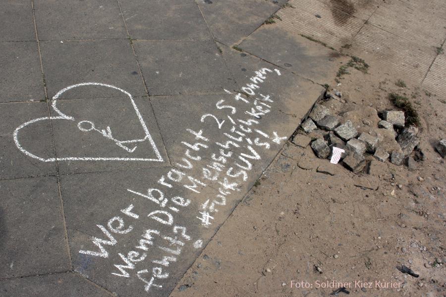 Trauer um tote invalidenstraße (2)