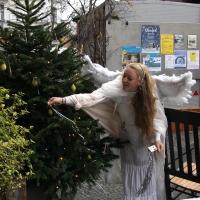 Weihnachtsmann kam und stoppte den Regen