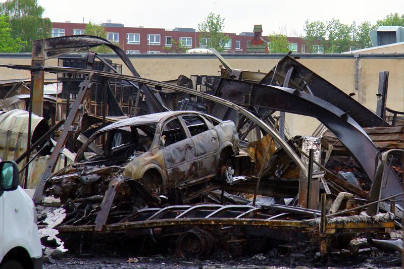 Lagerhallen in tegel brannten (7)