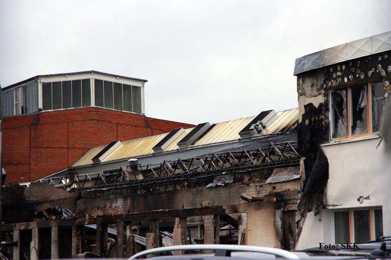 Lagerhallen in tegel brannten (8).jpg