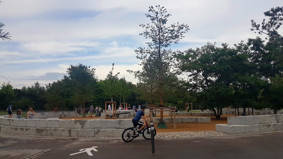 Begegnungen Mauerpark (2)