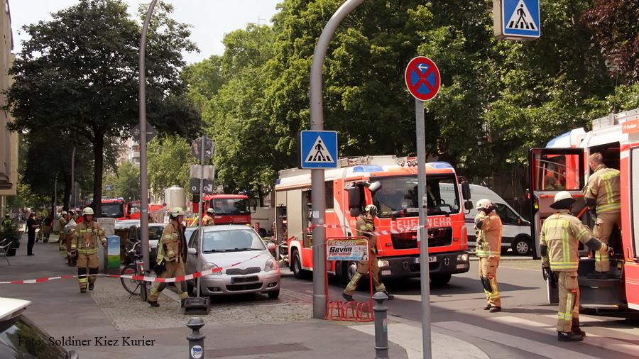 Explosion auf Dach Schönwalder Straße (3).jpg