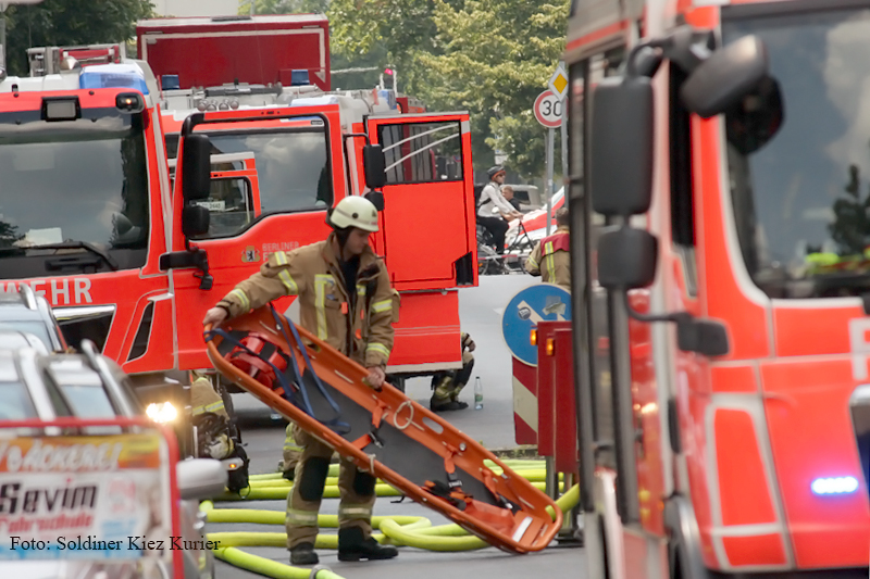 Explosion auf Dach Schönwalder Straße (5)