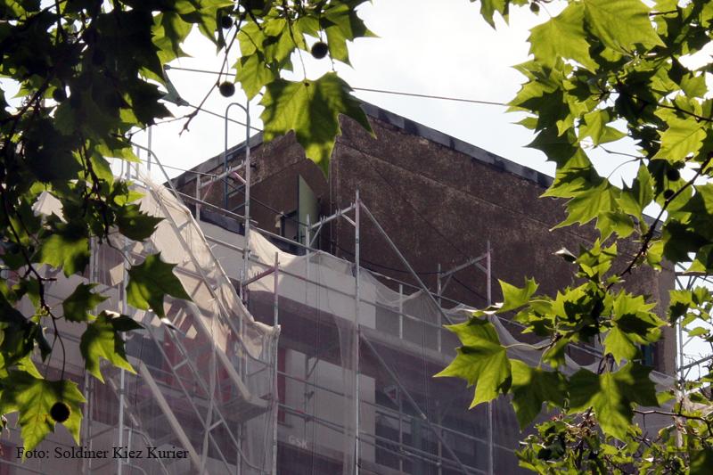 Explosion auf Dach Schönwalder Straße (6)