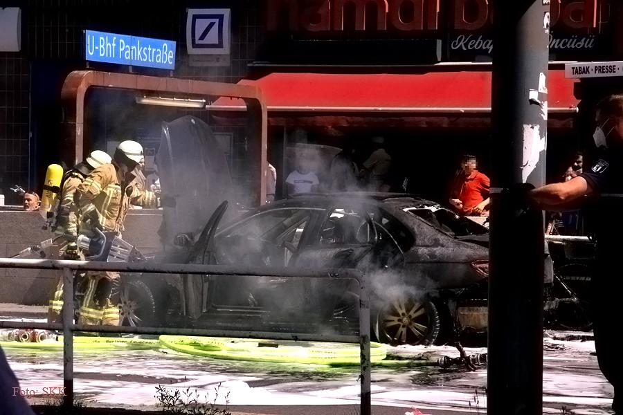 u bahnhof pankstraße auto brennt (1)