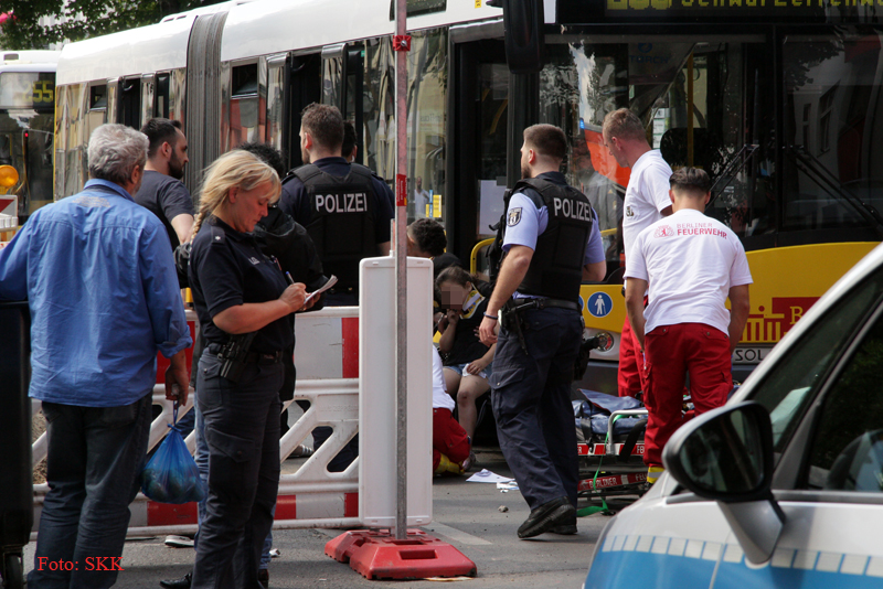 Unfall Kind BVG Bus Soldiner str (4)