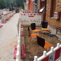 Baustelle Soldiner Straße - die letzten Schweinebäuche werden bald abgeräumt
